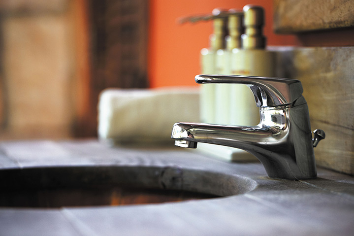 A2B Plumbers are able to fix any leaking taps you may have in South Croydon.
